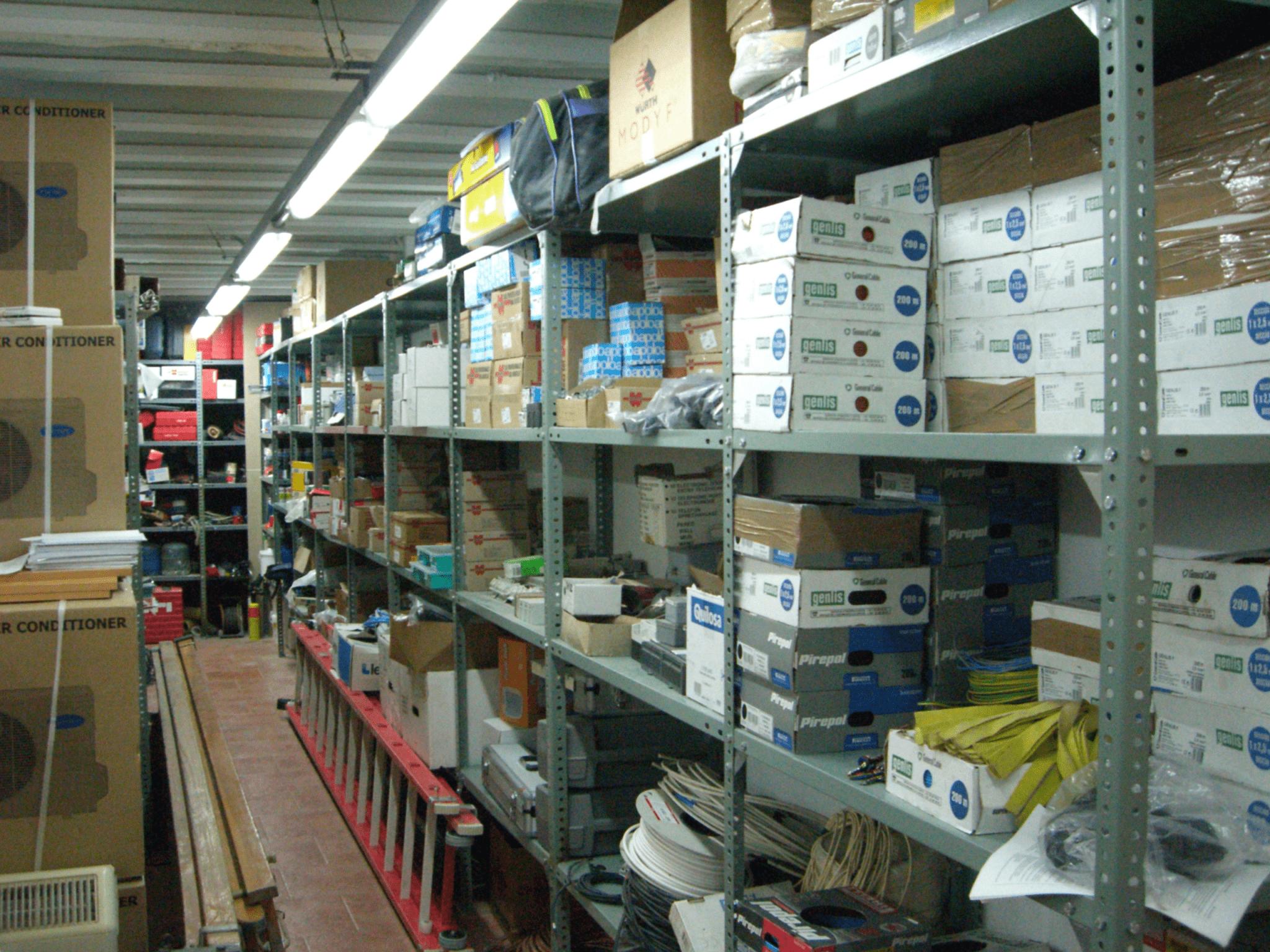 Vista del almacén de Sastago en la calle Calvario
