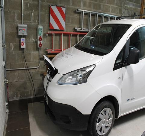 Punto de Carga para Nissan E-NV200 (vehículo eléctrico)
